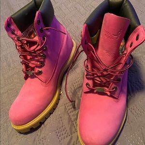 Timberland Susan g. Komen pink boots
